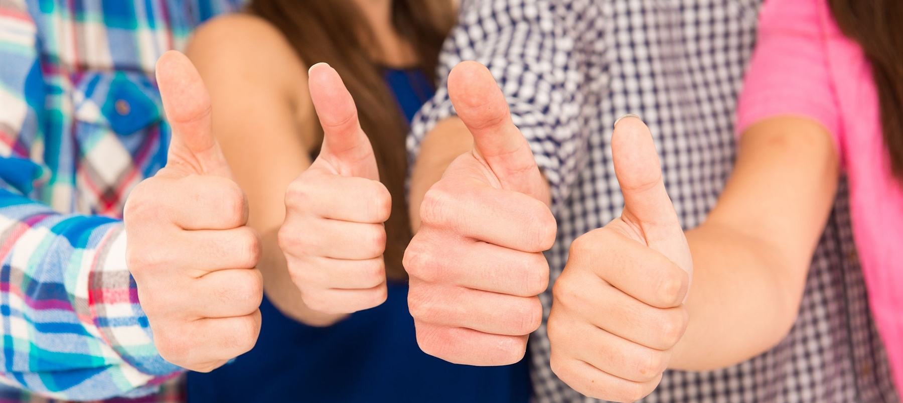 thumbs-up-1800px.jpg